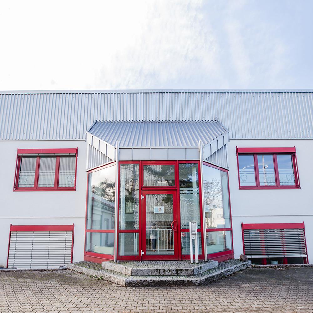 Kieferorthopädie Heidelberg Wieblingen - Weigl-Wienert - Außenansicht der Praxis